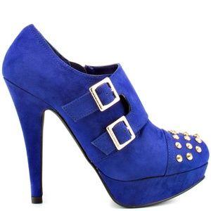 Guess Varian Blue Studded Heels Sz 9.5